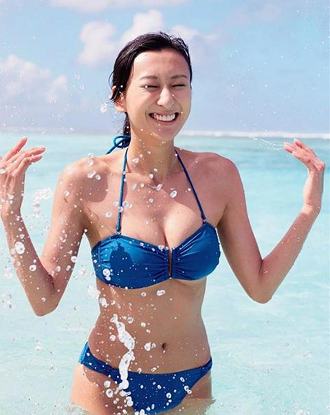日本花滑美女浅田真央号称国民女神