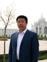 中華回鄉文化園董事長李傑煌向全國人民拜年