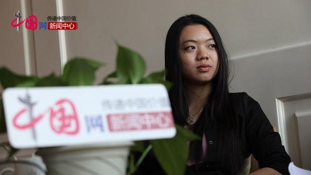 俄罗斯留学生胡凤兰接受中国网记者采访