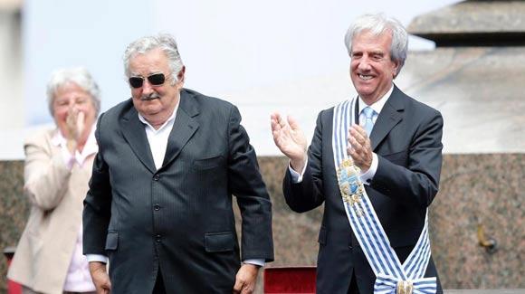 """乌拉圭""""最穷总统""""穆希卡卸任"""