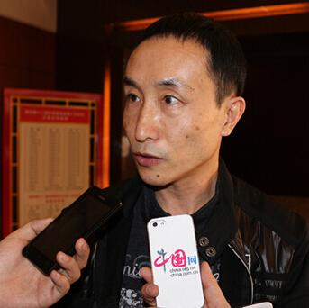巩汉林委员:文化要讲究道德 娱乐不能没有底线