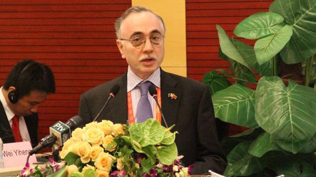 2014年5月20日,中国首部《乌尔都语汉语词典》出版发布会在复旦大学举行,哈立德出席并致辞。