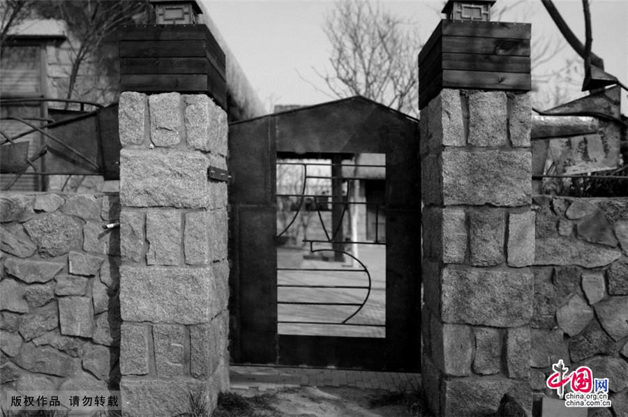 2015年3月14日,石头筑墙,一直是胶东半岛民居的特色。中国网图片库王海滨/摄