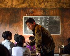 图片故事:缅北战火下的中国老师