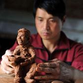 【中国故事】民间艺人姜国兴用泥塑讲述《平凡的世界》
