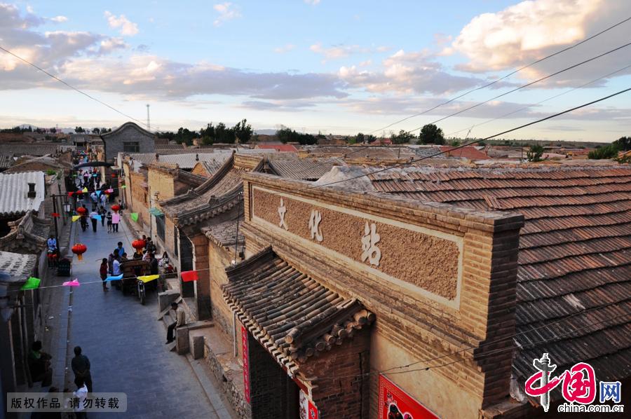 """暖泉古镇位于河北省蔚县西部,是中国历史文化名镇,古镇因有一年四季水温如一的泉水而名""""暖泉""""。中国网图片库 董年龙"""