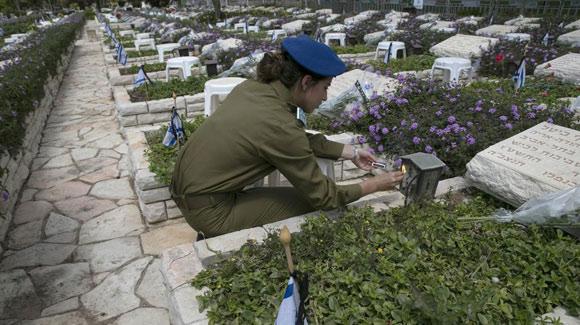 """以色列舉行""""陣亡將士紀念日""""悼念活動"""