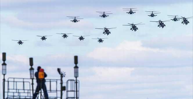 俄軍出動140架戰機為閱兵綵排 氣勢恢宏