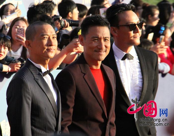 第五届北京国际电影节闭幕 成龙卖萌亮相