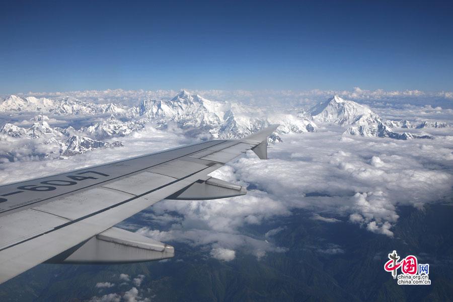 飞过世界最高峰