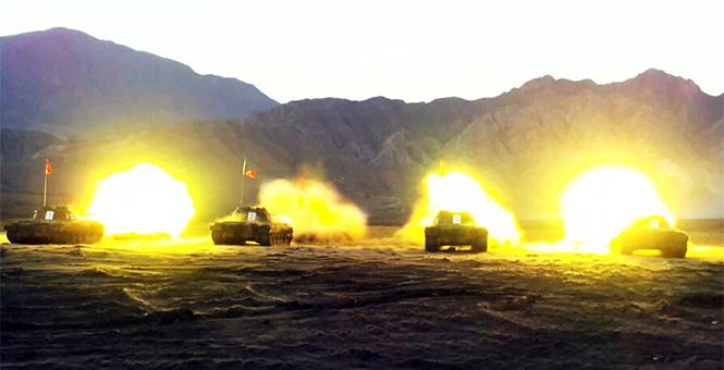 解放軍學員拿昂貴96A坦克練手 還射實彈