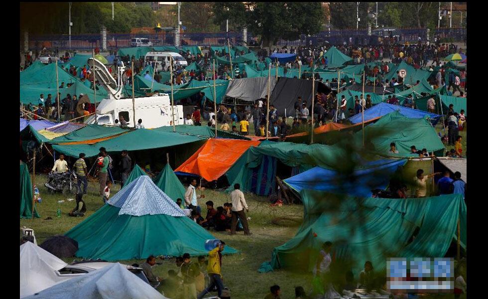 直击尼泊尔地震现场:震后余生