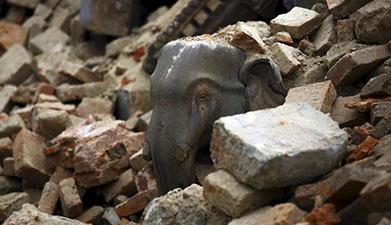 尼泊尔地震导致大量文物遭掩埋