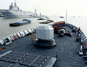 054A艦將與西北風艦在東海聯演