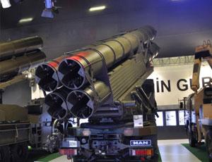 土耳其展示具有中國血統火箭炮