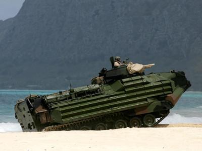 美軍在夏威夷舉行兩棲登陸演習