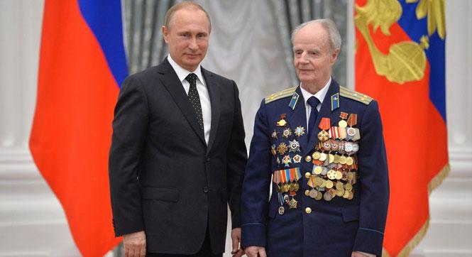 【全球頭圖】普京向俄老兵等頒發國家獎章