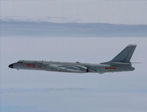 日本戰機監視轟6K穿越宮古海峽