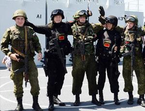 中俄聯演:雙方特戰隊聯合解救被劫船舶