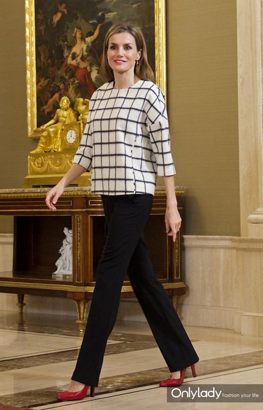 昔日离异女主播 如今成了全球王室的穿衣楷模