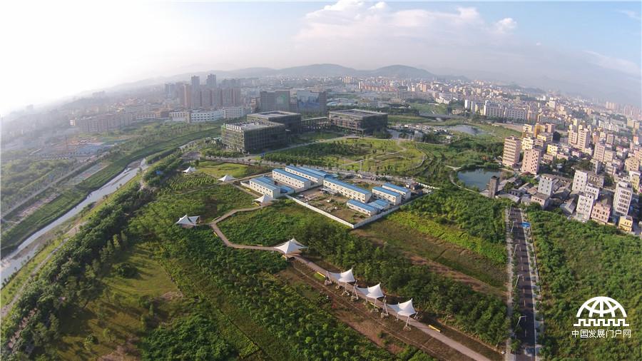 深圳绿色低碳发展的名片:深圳国际低碳城[组图]