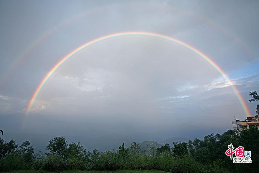 尼國神色(二十九)納嘉科特,彩虹貫穿天地
