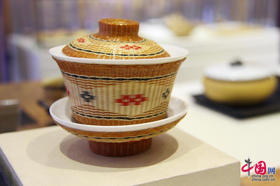 刘氏竹编工艺是用慈竹作材料、创造出来的编织工艺,其诞生时间可以追溯至2300年前。中国网 但唐文 摄
