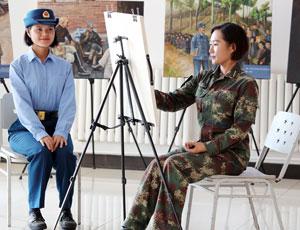 女兵方隊有才女畫功超棒 曾五次寫申請參加閱兵