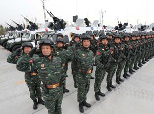 抗戰閱兵雪豹突擊隊方隊亮相
