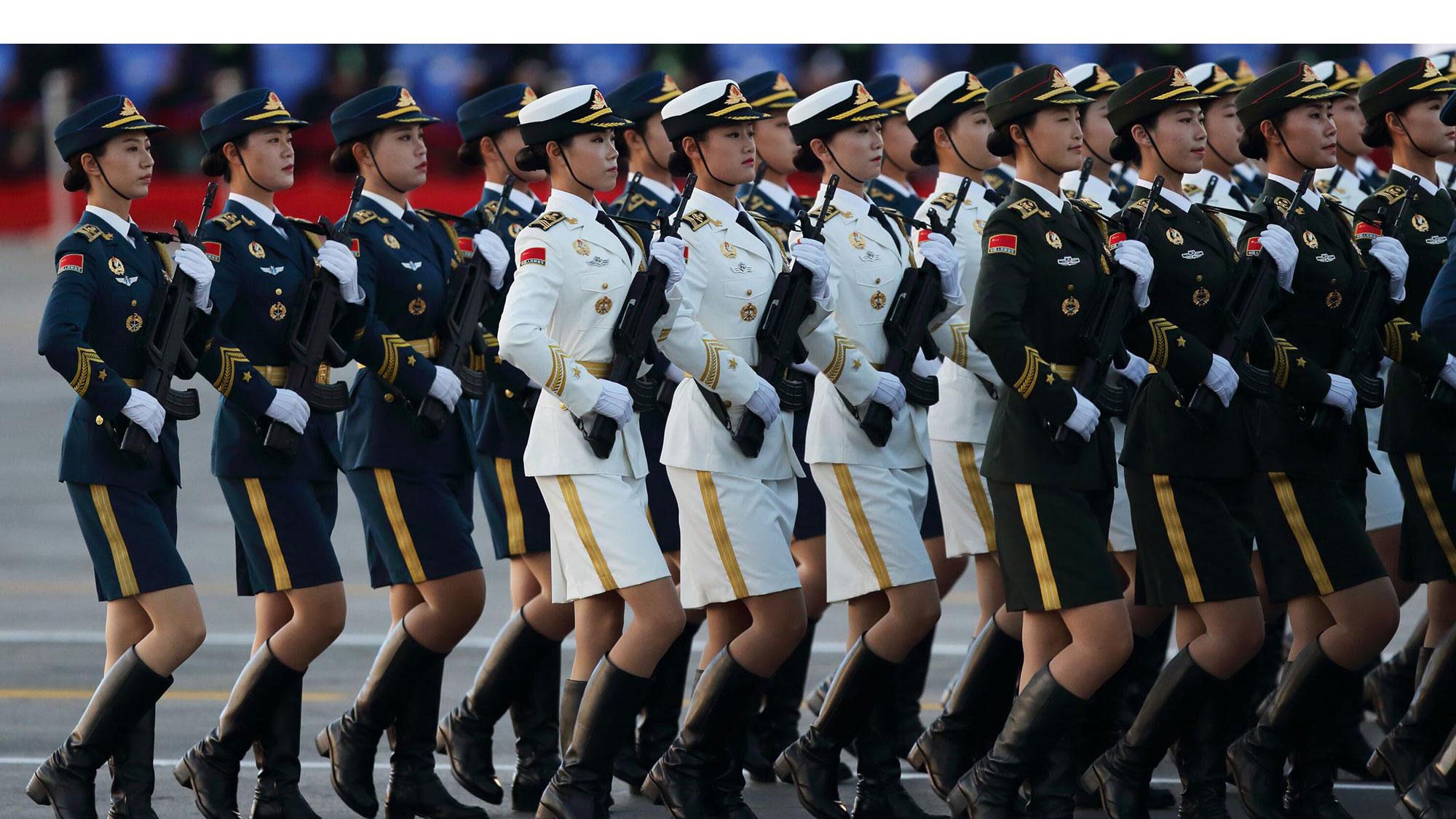 直击9·3阅兵:三军仪仗队女兵清晨集结