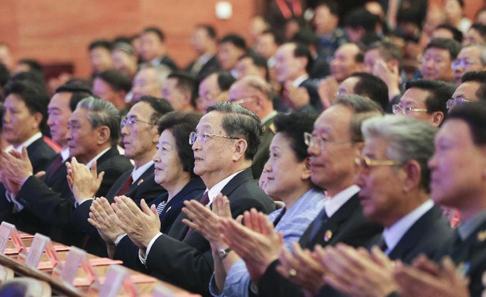 俞正声观看庆祝西藏自治区成立50周年文艺晚会
