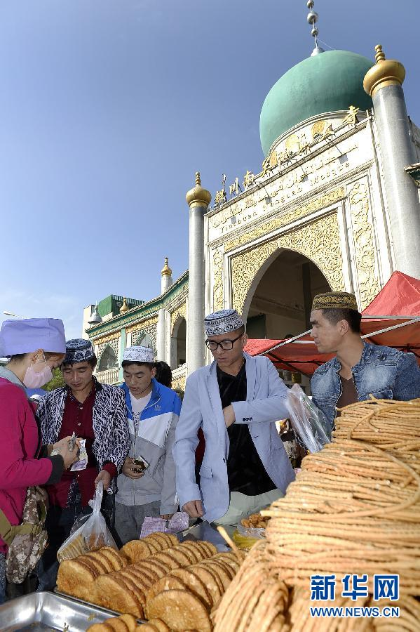 (社会)(3)宁夏200多万穆斯林欢度古尔邦节