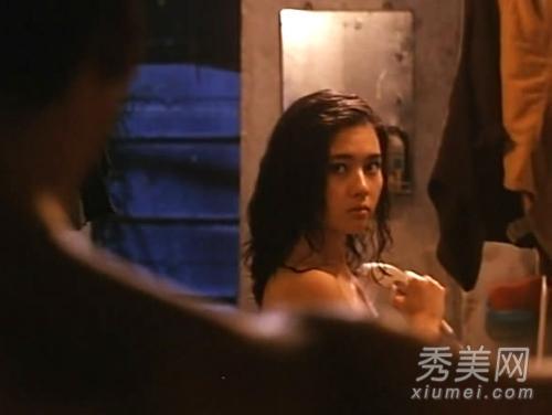 激情情色中文_全裸捏奶激情肉搏 图揭各大顶级经典情色三级片