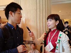 中国网记者现场采访