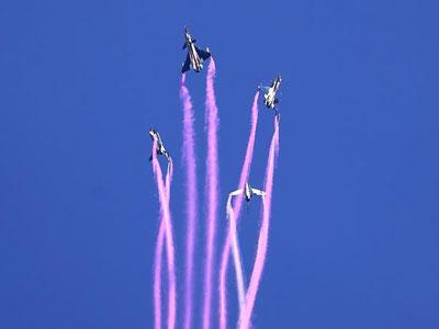 泰国民众点赞'中国蓝天仪仗队'