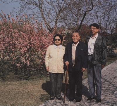 穿越历史的 爸爸去哪儿 各国名人与父亲珍贵合影图片