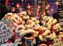 东南亚:舞狮巡游奏南音