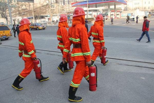 北京朝阳区:两会住地周边消防中队设3个前沿指挥部