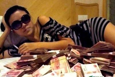 中国富二代上真人秀炫富:我只是在生活罢了