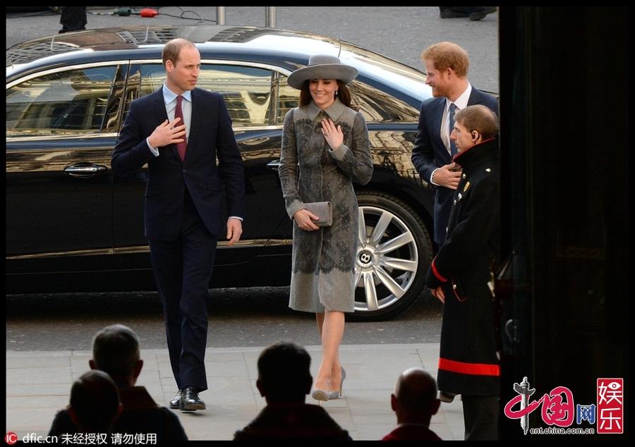 威廉王子携凯特王妃亮相 皇室高颜值夫妇尽显亲和