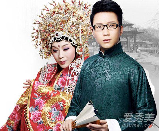 李玉刚隐婚有8岁女儿 李玉刚妻子是谁个人资料背景照片 李玉刚妻子