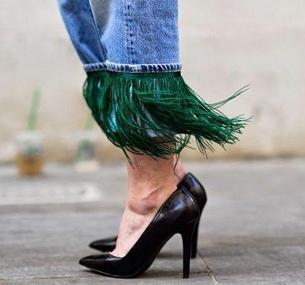 不规则裤脚牛仔 玩出新花样