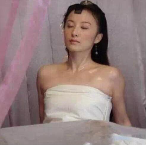 内地拍裸戏的女星_韩女星谈14岁拍裸戏:导演说不脱就赔胶卷