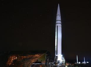 速来围观!火箭军导弹夜间集群发射