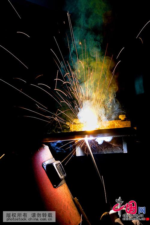 [大国工匠]90后焊接项目冠军曾正超 - 人在上海    - 中国新闻画报