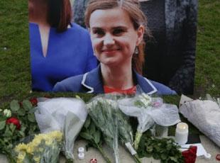 英国女议员街头遭'残忍枪杀' 凶手高喊英国优先