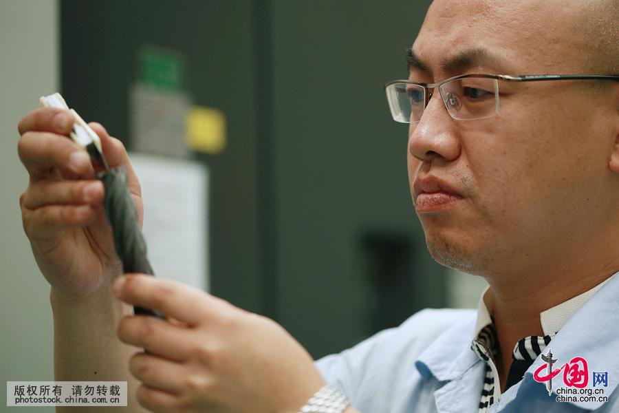 大国工匠:大阅兵装备背后的工程师戴天方[组图] - 人在上海    - 中国新闻画报