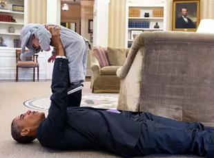 摄影师镜头下逗比可爱的真实奥巴马