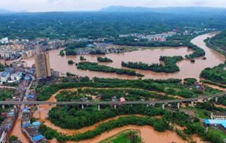 四川泸州再遭暴雨袭击