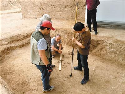 中乌考古队发掘月氏遗迹 看考古丝路上的现代张